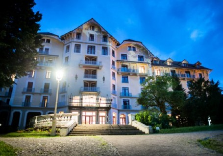 Appart 39 hotel le splendid r sidence h teli re is re 38 for Appart hotel en france