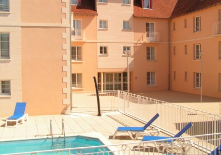 Appart 39 hotel la roche posay r sidence h teli re pays du for Appart hotel 86